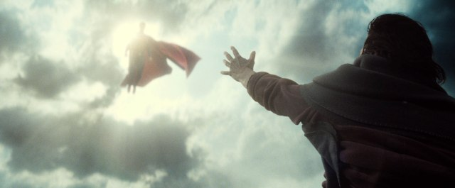 batman-v-superman-trailer-screengrab-10
